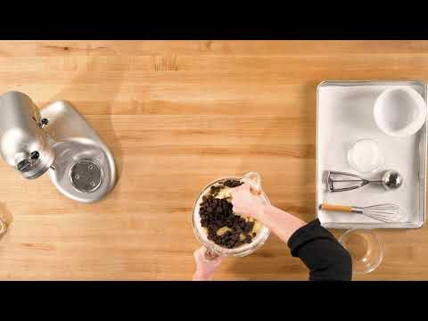 Chocolate Chip Cookies w/ Mandy Tanner Step 5 | Traeger Grills