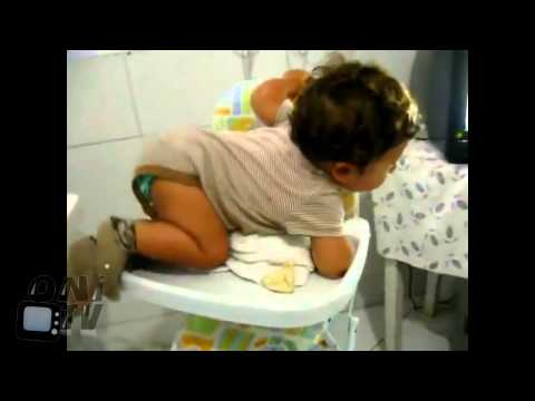 Lustige Babys im Kurzvideo