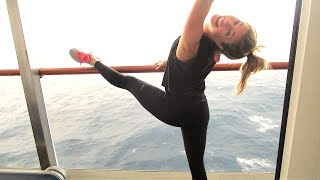 HOT GIRL IN YOGA PANTS = I'M IN LOVE! (vlog day 32)