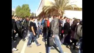 preview picture of video 'une marche a été organiser au campus Targa-Ouzemour (bejaia) le 18 11 2014'