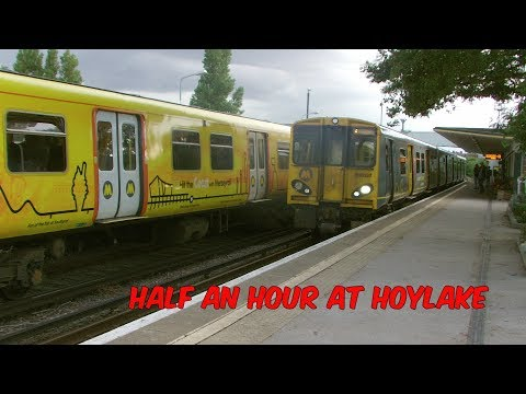 Half an hour at Hoylake Station with Merseyrail Class 507 & …
