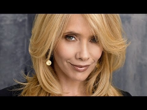Rosanna Arquette On Hollywood, Religion and F'd Up Relationships - Uncensored with Harper Simon