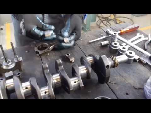 Desmontaje de Piezas Fijas y Móviles de un Motor