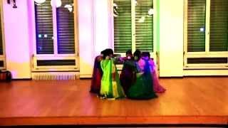 Bollywood Dance Group in Zurich, Switzerland - Bollywood Tanz in Schweiz -