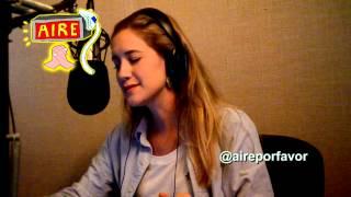 Сериал Виолетта, Клара Алонсо на радио поёт