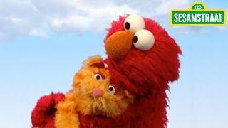 Elmo doet dieren na - Sesamstraat