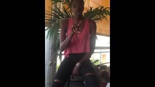 Aida Sock   Cover Tyrone By Erykah Badu
