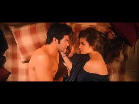 Varun Dhawan & Alia Bhatt Cutest Heart Touching Love Seance