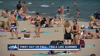 ITS HOT: First day of fall is hottest of the year in Milwaukee