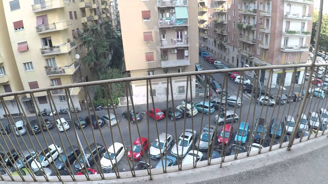 Rooms for rent in airy, 3-bedroom apartment with balcony in Monte Sacro area