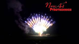 preview picture of video '2015 New-Art Pyro Cake Demo(129)-30mm 130s green strobe yellow twindle blue three layers mine'