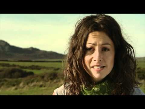 Sarah Beynon Showreel: Entomologist & Wildlife presenter