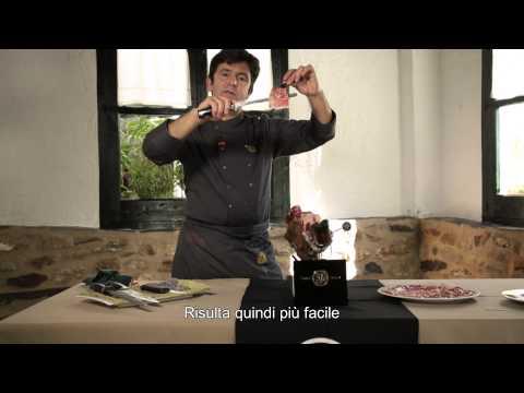 Come tagliare a coltello un prosciutto Iberico Cinco Jotas