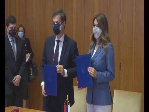 Χ. Θεοχάρης: Η Ελλάδα θα αναγνωρίσει όλα τα πιστοποιητικά εμβολιασμού από τη Σερβία