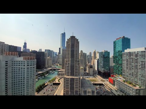 A west-view -06 convertible at Streeterville's North Water apartments