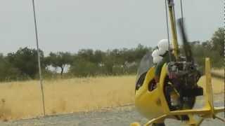preview picture of video 'Autogiros en Chinchón (Finca Quimera).avi'
