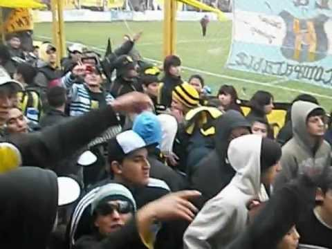 """la incomparable (puerto madryn)"" Barra: La Incomparable • Club: Deportivo Madryn"