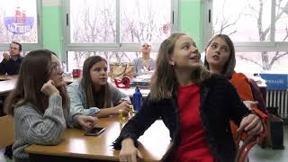 """Русский образовательный центр """"АкадемиЯ"""" и АРСИ """"Алые Паруса"""" поздравляют с окон"""