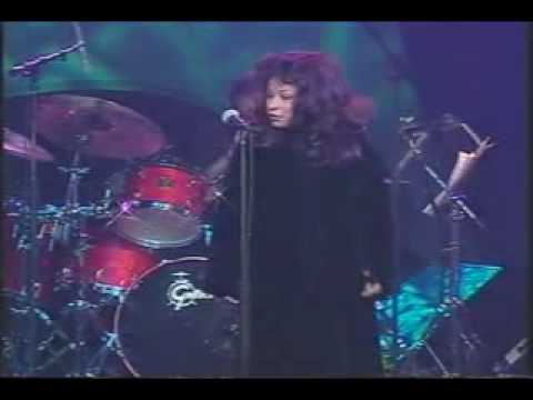 Chaka Khan- Live in 2000 with Vinnie Colaiuta, Melvin Davis, Mark Stephens