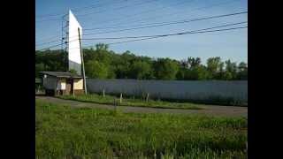 Scioto Breeze twin drive-in theatre(Lucasville,Ohio).wmv