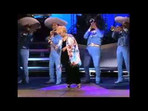 Celia Cruz -  La Vida Es Un Carnaval - Vivo
