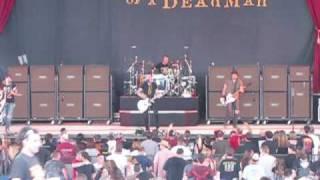 "Theory of a Deadman Live Crue Fest II ""Crutch"""