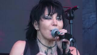 Joan Jett - Crimson And Clover (live in Melbourne 20 Jan 2019)