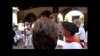 preview picture of video 'Kantuz en fiestas de Sangüesa 2013'