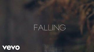Jennifer Nettles Falling
