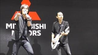Nyanyikan Lagu I Want To Break Free, Once Hibur Pengunjung Booth Mitsubishi di IIMS 2018