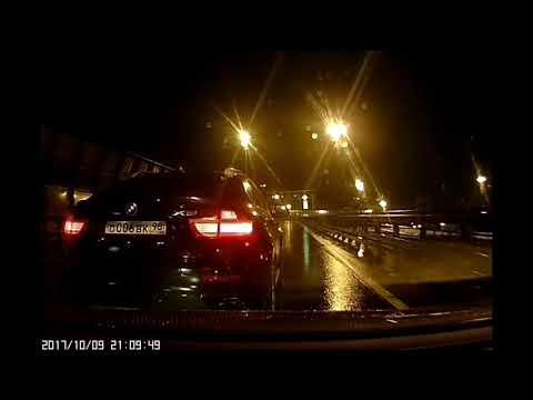 Питерское быдло на  на BMW X5, сломал девушке зеркало
