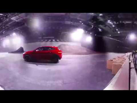 Jaguar E-Pace entra para o Guiness Book