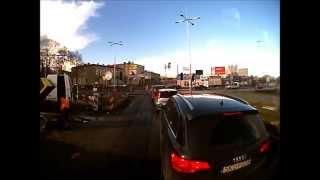 preview picture of video 'Częstochowa Rondo Trzech Krzyzy zamknięte [1.04.2015.]'