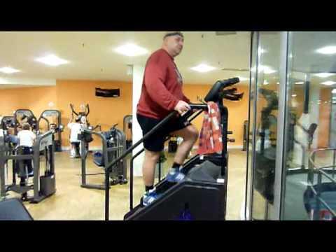 Die Öbungen, um das überflüssige Gewicht mit beder zu entfernen