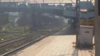 preview picture of video '22109 Lokmanya Tilak Terminus - Hazarat Nizamudin AC SF Express At Dombivali flat 105 KMPH'