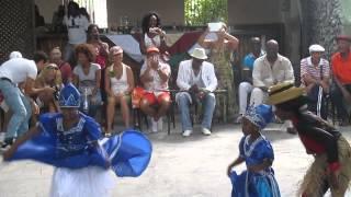 Ninos Bailando Orishas Al Palenque