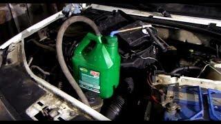 Самодельный нагнетатель масла из пластиковой канистры | Как залить масло в коробку передач.