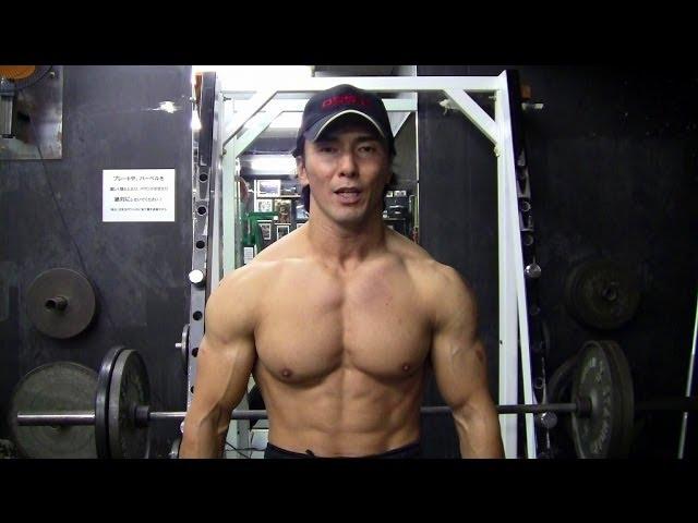 肩のトレーニング動画   丸い肩を目指す三角筋全体を鍛えるトレーニングメニューを解説