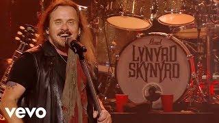 Lynyrd Skynyrd - Gimme Three Steps (Live)