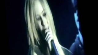 Avril Lavigne - I Always Get What I Want Live - Bonez Tour [2005]