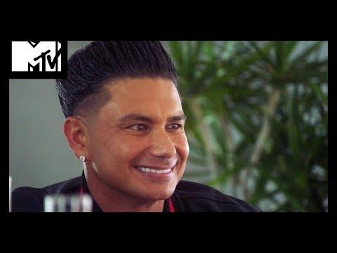Video trailer för MTV's Biggest Stars Are Looking For Love   Game Of Clones   MTV