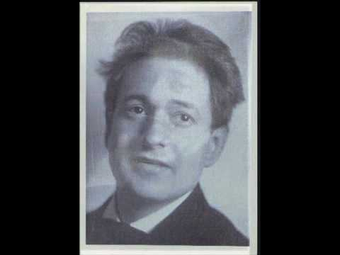 Korngold  plays the Pierrots Tanzlied from Die tote Stadt (1951)