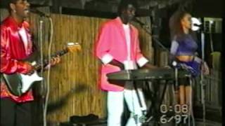 KEM Boys   Naylle (Live In Moçambique)