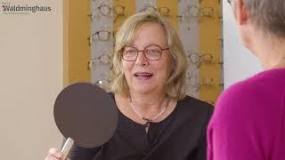 Tipps für Brillenträger – Die Frage solltest Du beim Brillenkauf nie stellen - Video Brillenexpertin