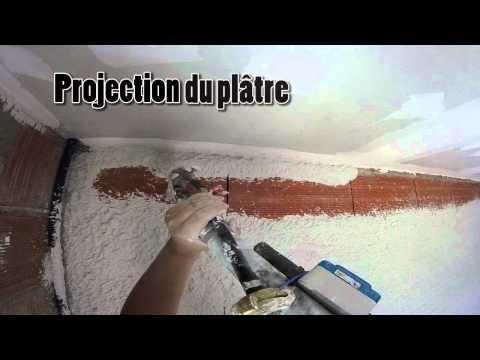 Projection plâtre machine par les plâtriers de la Fédération Compagnonnique