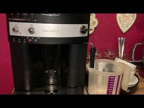 Kaffeemaschine entkalken mit Entkalker De'Longhi Magnifica ESAM 3000.B Kaffeevollautomat Anleitung