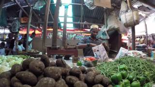 preview picture of video 'DARAJANI MARKET | ZANZIBAR | PART 1 FRUITS AND VEGETABLES'
