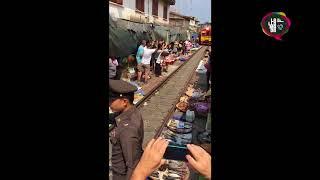 El mercado de Mae Klong | Argentinos en el mundo
