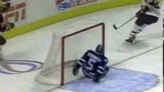 2003 U of M Frozen Four Highlight