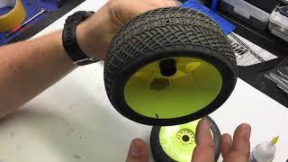 Adam Drake From Mugen Seiki Racing Show How To Balance Tires.